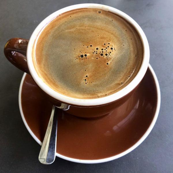 ۱۲ دلیل علمی که چرا باید هر روز قهوه سیاه بنوشید! - قسمت اول