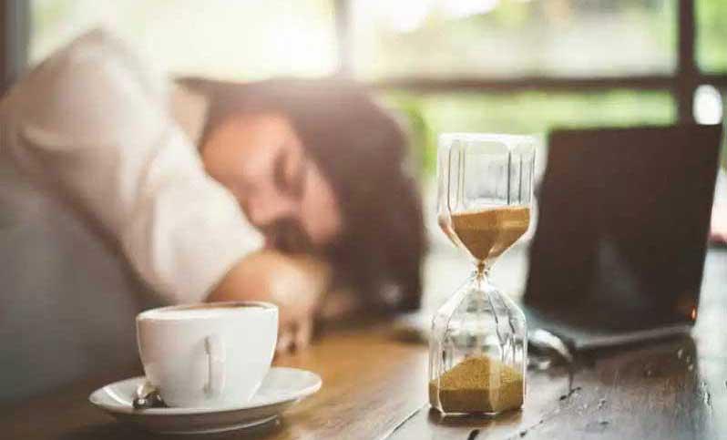 خواب و قهوه